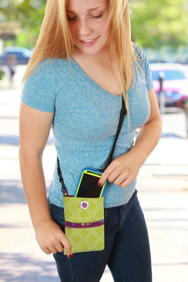cell phone purse, crossbody cell phone purse, pdf cell phone purse pattern