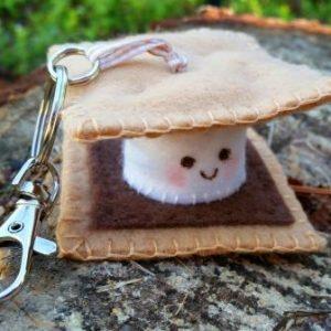 plushie, plushie smore, plushie key ring