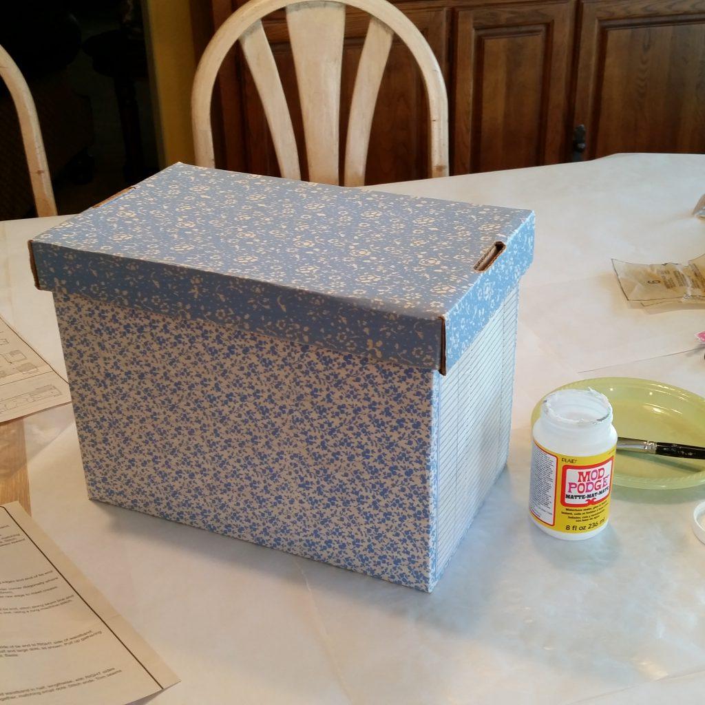 pattern box, vintage pattern box